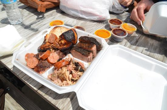 Big Lee's - Serious About Barbecue