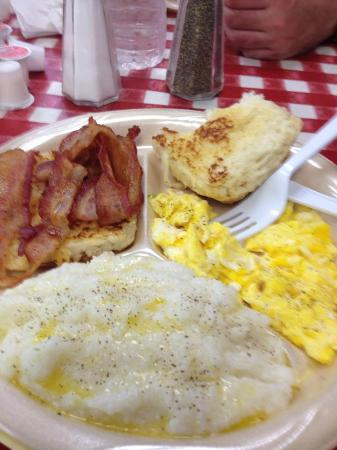 Johnny's Po-Boys: Eggs, bacon, grits, biscuit