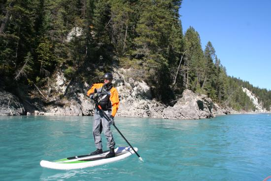 Mountain High Adventures: SUP Tours on the Elk River