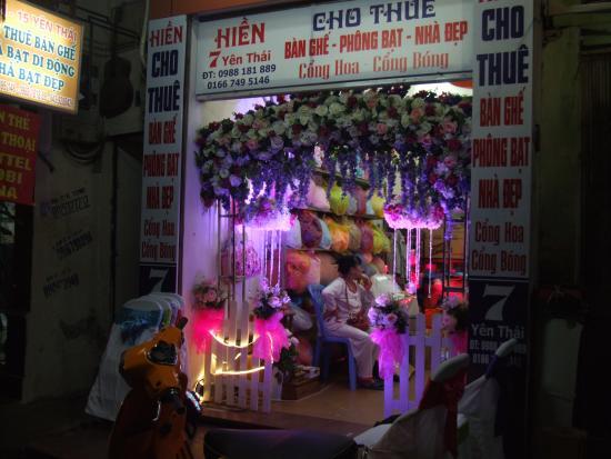 Thu Giang Guesthouse: negozio