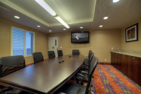 Best Western View of Lake Powell Hotel: Spacious and modern Board Room
