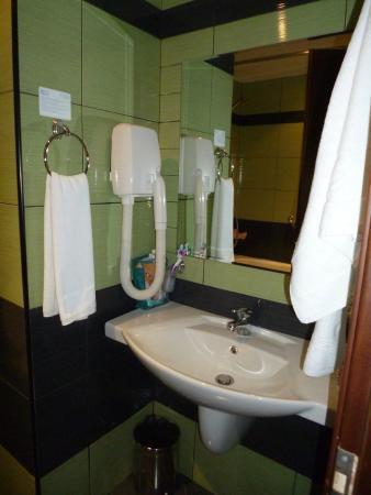 LION Hotel Sunny Beach: Ванная