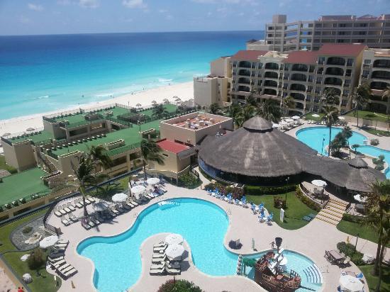 Emporio Cancun Hotel Suites Cancún
