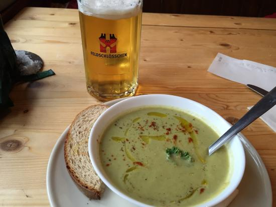 Pension Gimmelwald: Fish cake with poached egg and broccoli bleu cheese soup