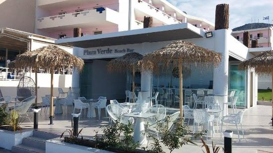 Plaza Verde Beach Bar
