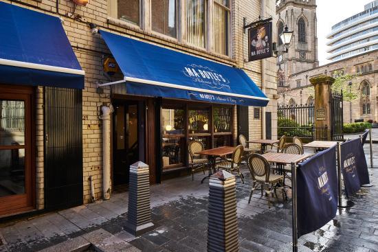 Ma Boyle's Alehouse & Eatery
