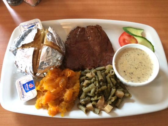 La Dolce Vita: Ostrich steak