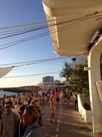 Cafe Mambo: Opening party 2015