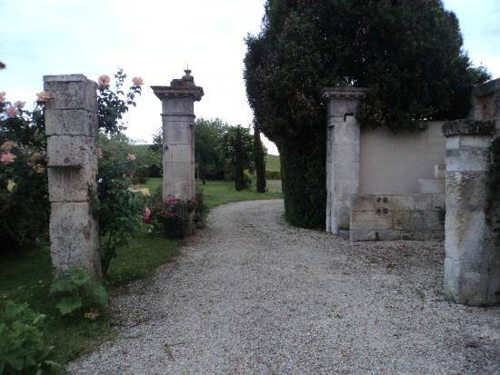 Birac, France : Renaissance feature in grounds