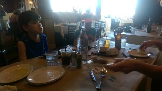 Portobello Country Italian Trattoria: Kids Can Draw On The Tables