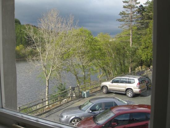 Gwesty Gwernan Hotel: View from Arran room.