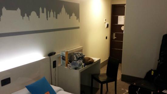 B&B Hotel Roma Trastevere : Suíte casal vista 1