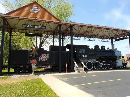 Langlade County Historical Society Museum: C&NWRY Locomotive
