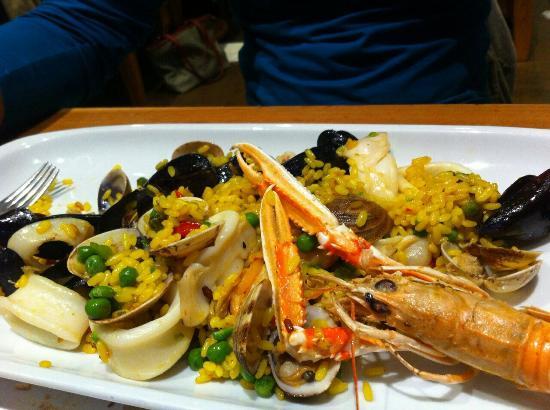 La Scuderia : Paella e spaghetti di mare