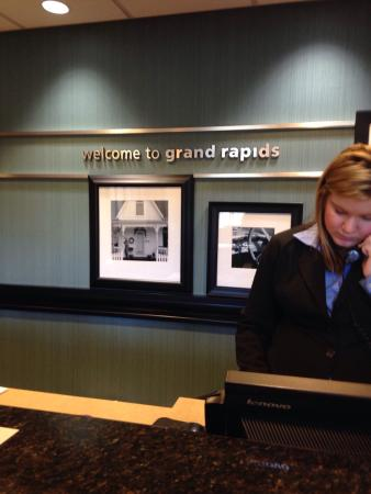 Hampton Inn & Suites Grand Rapids Airport / 28th St: Check in with Savannah at the GR Airport Hampton Inn