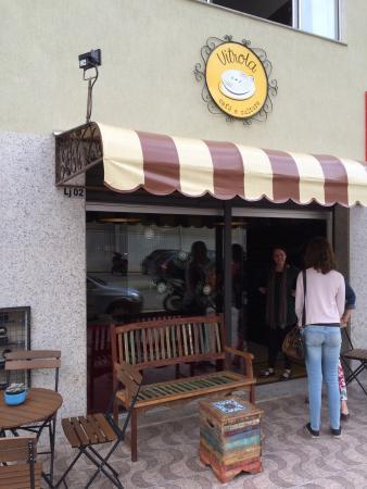 Vitrola Café