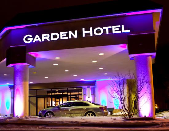 Garden Hotel And Conference Center Updated 2017 Reviews Price Comparison South Beloit Il