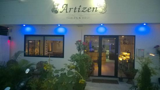 Artizen Tables & Deli