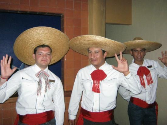 Hotel Playa Mazatlan: Three Amigos