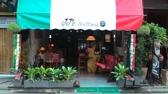 JJ's Trattoria Restaurant-Pizzeria