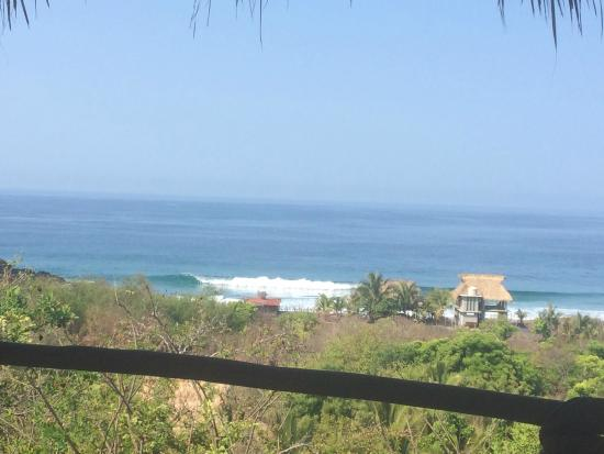 OceanoMar : View from balcony, big waves from an El Niño swell