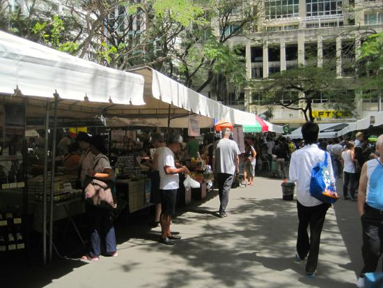 Salcedo Saturday Market : Salcedo Market