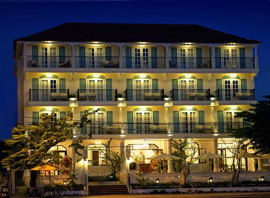 Hotel front 1 picture of lantana boutique hotel hoi an for Best boutique hotels hoi an