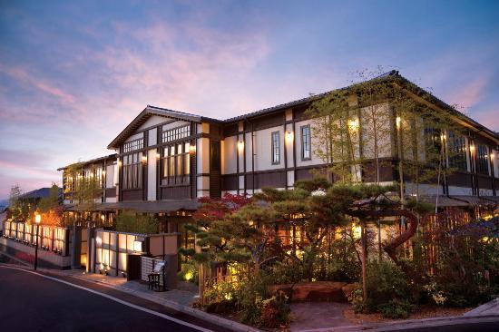 Higashiyama Garden