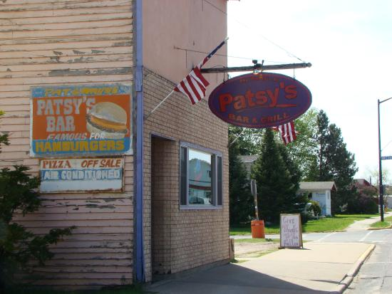 ‪Patsy's Bar and Grill‬