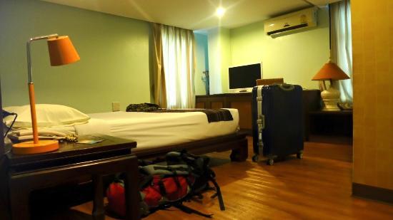 Mandala House: room