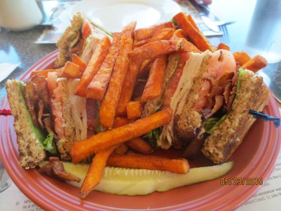 Windham, CT: Turkey club w/sweet potato fries