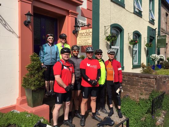Tynedale Guest House: C2C Team - Leaving Tynedale - Thank You