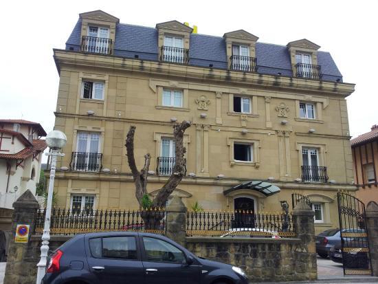 Hotel La Galeria: L'hôtel depuis la rue