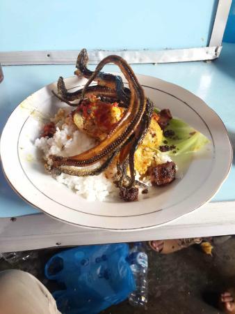 Nasi Kapau Uni Lis
