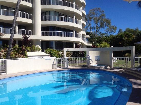 Noosa Pacific Riverfront Resort: By the pool
