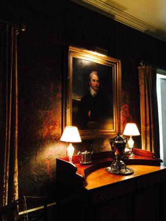 Nichols House Museum: Lights