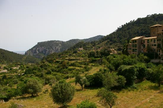 Es Petit Hotel de Valldemossa: The view from the rear