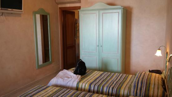 Residence Riva Azzurra: Zimmer