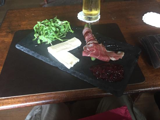 Coach and Horses: Starter