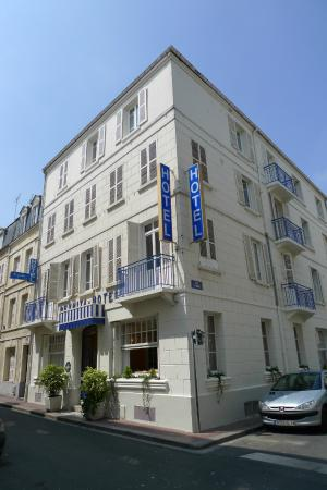 Photo of Hotel Le Reynita Trouville