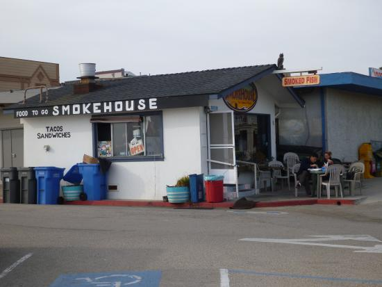 Ruddell's Smokehouse: view showing walk-up window