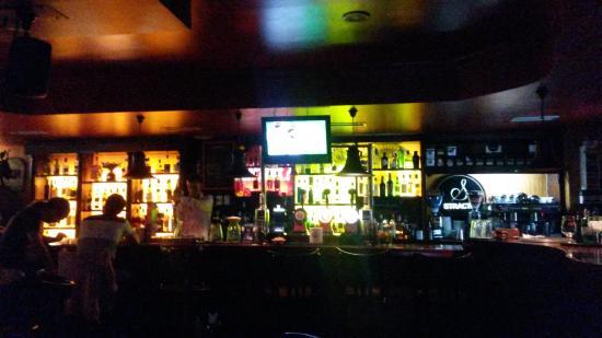 mulligans iris pub