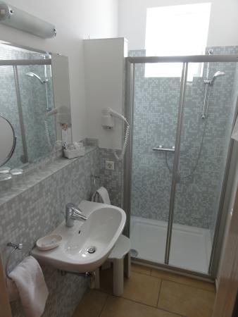 Wohlfuhlpension Kristan: Beispiel Badezimmer