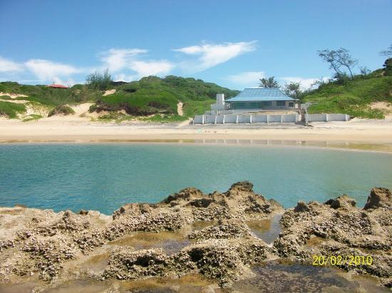 Aeroporto De Xai Xai : Wenela blow hole just one of the many beautiful spots in
