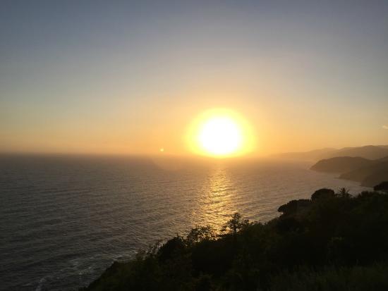Hotel La Giada del Mesco: Der Sonnenuntergang begleitet das Nachtessen auf der Terrasse