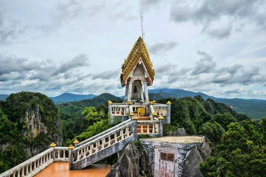 Theyre not joking! - Picture of Tiger Cave Temple (Wat ...