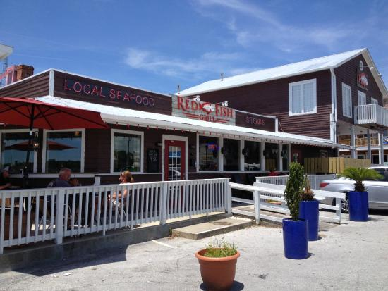 Exterior picture of red fish grill morehead city for Red fish restaurant