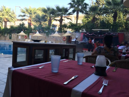 Astoria Hotel : ужин