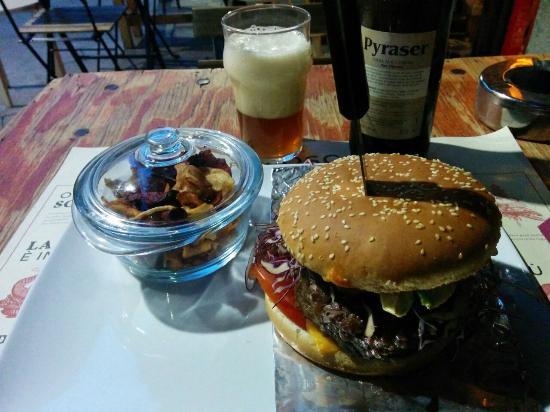 Re Fosco Bar: Cheeseburger