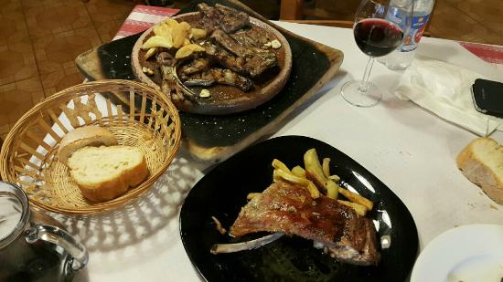 imagen Restaurante Sidrería El Cartero en Valle de Carranza